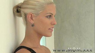 Knullar Den Bystiga Blond Mamma Porr Filmer - Knullar Den Bystiga Blond Mamma Sex